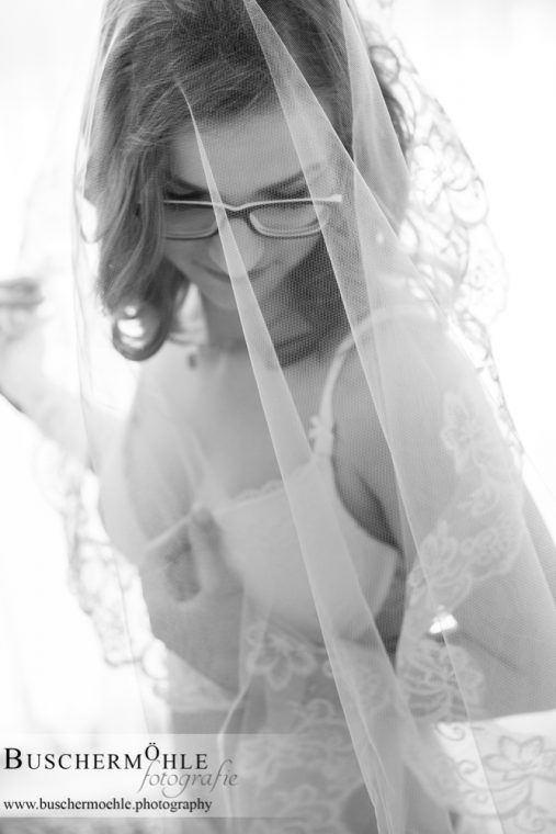 Bridal-<br/>Boudoir