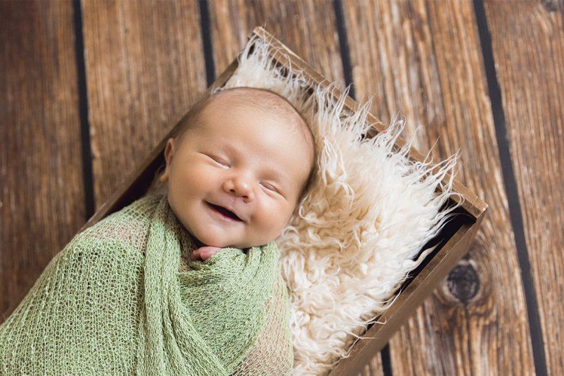 Neugeborene & Babys